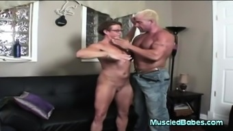 Blowjob Coming From A Grow Older With The Use Of Muscle Tissues