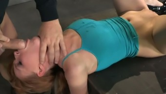 Mean Hen By Using Busy Hands Marie Mccray Gives Deepthroat Blowjob