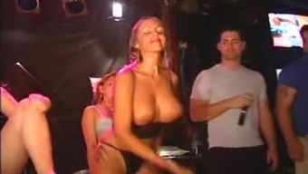 Lucie Topless Divas Appreciate Grinding On Cocks In A Community