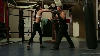 Event Infant Adria Rae Gets Romantic With Her Boxing Tutor In The Diamond Engagement Ring