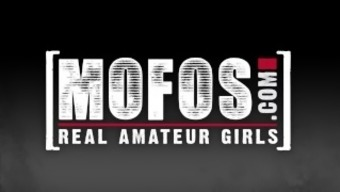 Mofos - Threesome By Using Alina Li Is Snagged On Camcorder