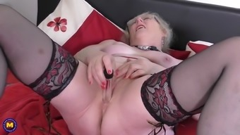 Old Uk Grandma Along With Remarkably Ravenous Vaginal Area