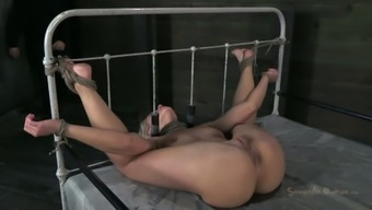 Sizzling Flaxen Object Anikka Albrite Is Ordered To Really Face Fuck A Rigid Joystick