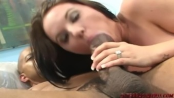 Young Teen Lindsay Kay Gets Her Pussy Pummeled By Shane Diesel