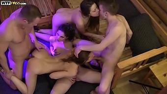 Learn How To Toss Wild Environment Community College Sexual Intercourse Social Gathering With No Money (Stage 1(One))