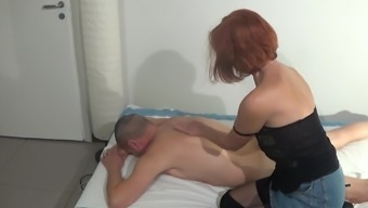 60 Years Old Italian Masseuse Pleases Her Client