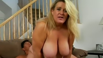 Big Breasted Chunky Whore Jenna Gets Fucked From Behind Hard