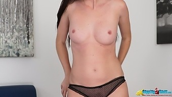 Kinky Loner With Natural Tits Sophia Smith Loves Posing Topless A Bit